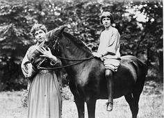 Queen of Roumania and Princess Ileana and horse Romania, Horses, Queen, Princess, Animals, Animales, Animaux, Animal, Animais