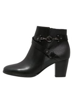Scapa Ankle Boot