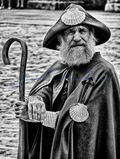 """PILGRIN - El conocido """"Zapatones"""" ... http://www.anacosdegalicia.com ... Fotos de Galicia"""