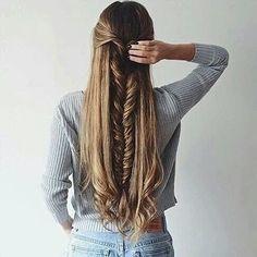 Esta trenza va bien con cabello largo o corto... #mujer #bellezaviral #moda