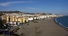 Rincón de la Victoria - The beaches are very popular with holidaymakers