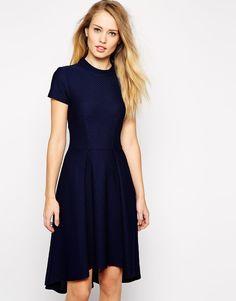 Excelentes vestidos cortos de moda | Vestidos elegantes para señoritas