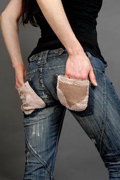 Embellished jeans Embellished Jeans, My Design, Pants, Diy, Fashion Design, Style, Trouser Pants, Bricolage, Women's Pants
