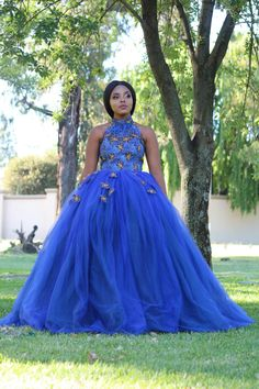African Bridal Dress, African Wedding Attire, African Lace Dresses, African Weddings, Bridal Dresses, African Traditional Wear, Modern Traditional, Easy Clothing, Dinner Gowns