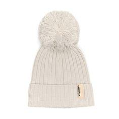 bonnet pour femme sur eboutic .ch Beanie, Hats, Fashion, Woman, Fashion Styles, Moda, Hat, Beanies, Fashion Illustrations
