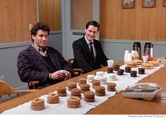 Twin Peaks : donuts + joy