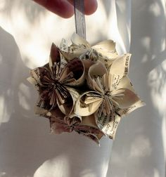 Paper crafts - link to tute, i like the idea of gluing the flowers together to make a ball