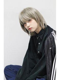 【Devellope.】ボブ×ハイトーン in 2019 Blonde Asian, Asian Short Hair, Asian Hair, Girl Short Hair, Cute Haircuts, Cute Hairstyles, Medium Hair Styles, Short Hair Styles, Cosplay
