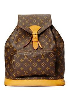 Louis Vuitton Monogram Backpack Love this vintage bag. Marca Louis Vuitton, Louis Vuitton Monogram, Louis Vuitton Handbags, Purses And Handbags, Monogram Backpack, Ysl, Leather Backpack, Drawstring Backpack, Leather Bag