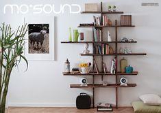 Das Weiß ist die natürliche Farbe des Porzellan, edel und hochwertig. unsere Lautsprecher bei dir Zuhause kostenfrei!  #Kugellautsprecher #Porzellan #Regallautsprecher #Lautsprecher #Musik #Wohnzimmer #mosound #mosoundstore #shoppingvienna #vienna Kugel, Aluminium, Floating Shelves, Classic, Design, Home Decor, Ad Home, Living Room, Colour
