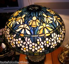 "Tiffany Reproduction Stained Art Glass Lamp Shade Yellow Jonquil Daffodil 20"" W 
