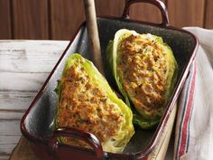 Pointed cabbage with filling is a recipe with fresh ingredients from the category Fle . Cookbook Recipes, Low Carb Recipes, Vegetarian Recipes, Cooking Recipes, Healthy Recipes, Other Recipes, Vegetable Recipes, High Protein Low Carb, No Cook Meals