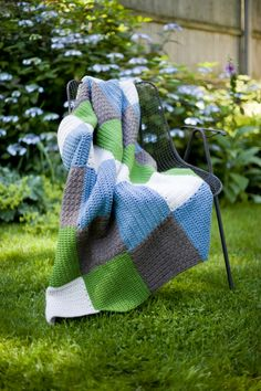 "Free+Crochet+Pattern+Lion+Brand | Crochet Pattern Central – Free 7"" Afghan Square Crochet Pattern"