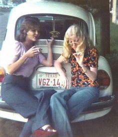 Retro Vintage vintage everyday: Cool Polaroid Prints of Teen Girls in the Retro Mode, Mode Vintage, Retro Vintage, Vintage Hippie, 1970s Hippie, Retro Baby, Vintage Signs, 70s Fashion, Vintage Fashion