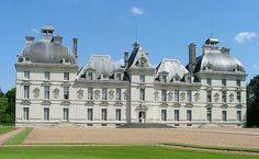 Château de Cheverny - Partons à la découverte de l'histoire de France en visitant ses plus beau châteaux !
