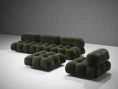 Mario Bellini, large modular 'Cameleonda' sofa in green velvet alpaca wool, Italy The sectional elements of this sofa can be used freely and apart from one another. The upholstery on this piece features a blended deep green wool. The backs Unique Furniture, Sofa Furniture, Furniture Design, Cognac Leather Sofa, Sofa Design, Interior Design, Modular Sofa, My Living Room, Decoration