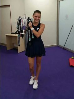 Agnieszka Radwanska - víťazka turnaja majsteriek 2015 v Singapore Tennis Stars, Aga, Tennis Players, Cool Photos, Sporty, Formal Dresses, Athletes, Sexy, Singapore