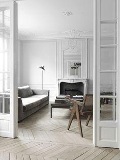 Awesome Interior Room Design for Relaxing in Parisian Apartment - Classic Interior, Best Interior, Modern Interior, Room Interior, Interior Design Kitchen, Interior Decorating, Interior Designing, Decorating Ideas, Chic Apartment Decor