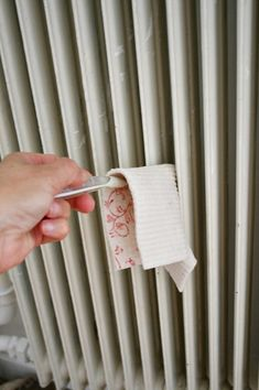 good ideas on how to clean& paint radiators