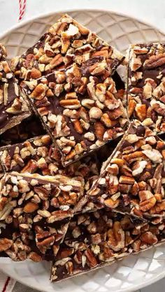 This sweet and salty Pecan Christmas Crack is a classic Christmas candy recipe made with saltine crackers, homemade toffee, sweet chocolate and crunchy Fisher Nuts pecans! Fisher nuts are fresh right Homemade Toffee, Homemade Candies, Homemade Candy Recipes, Homemade Kind Bars, Healthy Homemade Snacks, Bon Dessert, Dessert Bars, Nut Recipes, Sweet Recipes