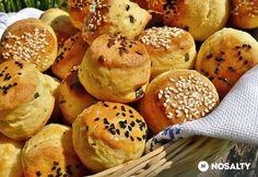 Túrós snidlinges pogácsa | NOSALTY My Recipes, Hamburger, Muffin, Bread, Baking, Breakfast, Food, Morning Coffee, Brot
