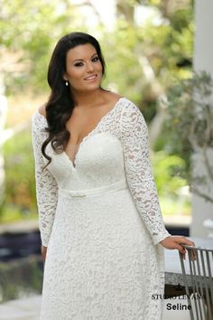 Curvy bridal gown Seline in a long sleeves option is a romantic and flattering way to show your feminity
