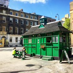 London cabbies' shelter, Russell Square #cabbieslondon #london