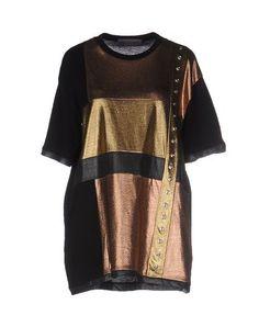 EMANUEL UNGARO T-Shirt. #emanuelungaro #cloth #dress #top #skirt #pant #coat #jacket #jecket #beachwear #