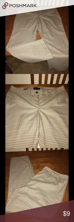 Talbots 14P Plaid Signature Dress Pants Talbots signature dress pants.  Size 14P.  Tan with navy accent plaid.  Perfect condition!   Important:   All items are freshly laundered as applicable prior to shipping (new items and shoes excluded).  Not all my items are from pet/smoke free homes.  Price is reduced to reflect this!   Thank you for looking! Talbots Pants