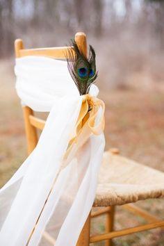 70 Chic Feather Wedding Ideas | HappyWedd.com
