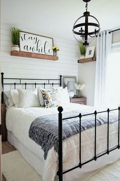 If you are looking for Farmhouse Master Bedroom Decor Ideas, You come to the right place. Below are the Farmhouse Master Bedroom Decor Ideas. Guest Room Decor, Home Decor Bedroom, Garden Bedroom, Spare Bedroom Ideas, Small Guest Bedrooms, Spare Bedroom Office, Diy Bedroom, Magnolia Bedroom Ideas, Bedroom Furniture