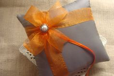 Just ordered this reing bearers pillow only with a purple bow! so excited!