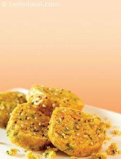 Doodhi Muthia ( Gujarati Recipe) recipe | Gujrati Recipes | by Tarla Dalal | Tarladalal.com | #553