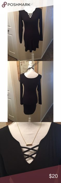 Derek Heart tunic or dress So stretchy and comfy!!! Lace up looking neckline, long sleeve dress or tunic top by Derek Heart. NWOT. Size medium. I also have a size small available on a separate listing. Derek Heart Tops