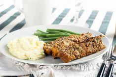 Čočková sekaná – COOP Club Keto Foods, Vegetarian Meatloaf, Homemade Meatloaf, Lentil Loaf, Roast Dinner, Loaf Recipes, Meat Loaf, Keto Meal Plan, Meal Planning