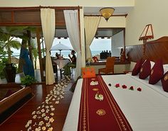 Amazing Ngapali Resort Bedroom Suite....I think , no I KNOW this is the biggest bed I have ever seen!