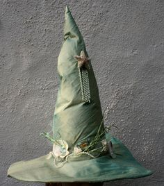 A Sea Witch Hat by mermaidencreations.deviantart.com