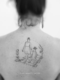 Creative Mom Minimalist Tattoos Mom tattoos look great, makes you feel the love for your mother forever. There are many styles and designs in which a mom tattoo can be done. Mommy Tattoos, Motherhood Tattoos, Grace Tattoos, Mother Tattoos, Mother Daughter Tattoos, Baby Tattoos, Family Tattoos, Tattoos For Daughters, Mini Tattoos