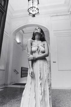 Salvatore_Ferragamo-Edgardo_Osorio_for_Ferragamo_Shoes_Collection-Nude_Dress-Dot_Sandals-Outfit-Collage_Vintage-14