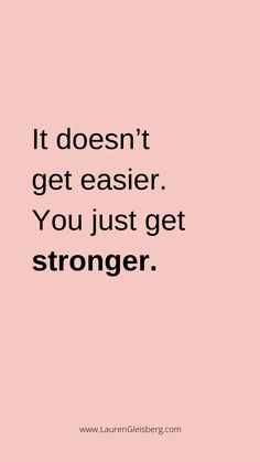 BEST MOTIVATIONAL & INSPIRATIONAL GYM / FITNESS QUOTES - it doesn't get easier you just get stronger