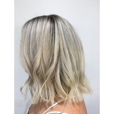 nice 55 Enchanting Looks With Short Wavy Hair – Be Charismatic And Chic Check more at http://newaylook.com/best-looks-with-short-wavy-hair/