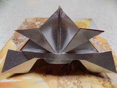 折り紙 龍頭の飾り付き兜(かぶと)の折り方 前編 origami kabuto(japanese samurai helmet) - YouTube Origami And Kirigami, Paper Crafts Origami, Letter Folding, Diy And Crafts, Lettering, Halloween, Samurai, Youtube, Paper Dolls