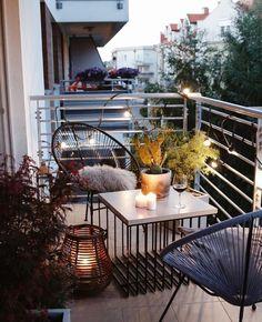 Variety of balcony design Vielzahl von Balkon-Design Condo Balcony, Apartment Balcony Decorating, Apartment Balconies, Cool Apartments, Small Balcony Design, Small Balcony Garden, Small Balcony Decor, Balcony Ideas, Balcony Gardening