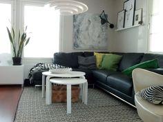 Puolitoista kerrosta kotia Couch, Living Room, Furniture, Home Decor, Settee, Decoration Home, Sofa, Room Decor, Home Living Room