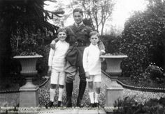 Albert Ball , a WWI flying ace, with the sons of family friends. The boys no doubt hero-worshiped the handsome ,heroic Ball & longed to be like him. Ball, who had difficulties with personal relationships, died on active service in 1917 aged just 20.
