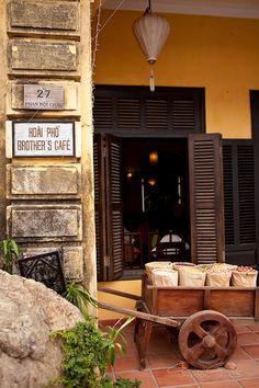 http://vietnam.mycityportal.net - Brother's Café | Hoi An, Vietnam