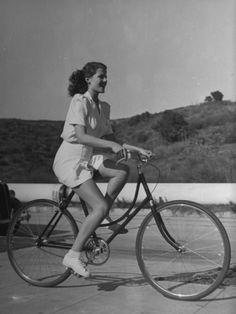 Actress Rita Hayworth, Warming Up before the Picnic Starts
