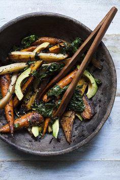 Carrot + Avocado Salad with Hijiki and Crispy Kale.