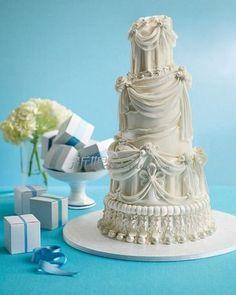 Six World Feeling Romantic Wedding Cakes