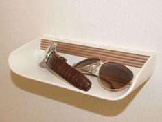 Anton Hösch, by höschdesign. Hochwertige Brillenablage Anton, Sunglasses, Furniture, Eyeglasses, Nice Asses, Home Furnishings, Sunnies, Shades, Wayfarer Sunglasses
